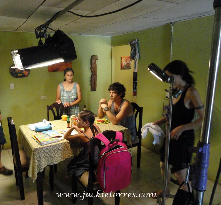 """Jackie Torres, Oscar Jaenada y Jenna Ortega en """"Afterwords"""""""